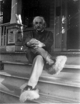 Albert Einstein in fuzzy slippers.jpg